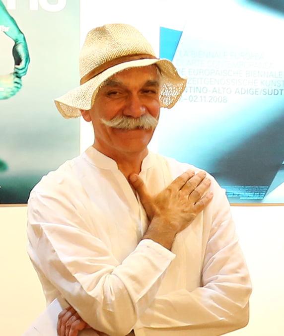 ایرج میرزاعلیخانی